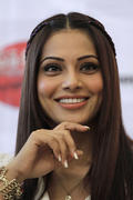 "Bipasha Basu - ""Jodi Breakers"" Press Conference in Ahmedabad on February 16, 2012- x2 HQ"