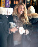 Блейк Лайвли, фото 4836. Blake Lively On the set of 'Gossip Girl' in Manhattan - March 5, 2012, foto 4836