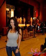 Дениз Милани, фото 3962. Denise Milani Random Candids 2 :, foto 3962