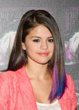 th 63207 SelenaGomezacceptsagoldrecordforheralbumWhenTheSunG 0018 123 407lo Selena Gomez   Receives gold record for When The Sun Goes Down, Four Seasons Hotel, Jan. 26, 2012