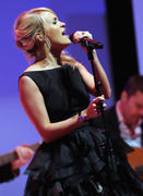 Кэрри Андервуд, фото 4610. Carrie Underwood - Nordstrom Symphony Fashion Show in Nashville 02/28/12, foto 4610