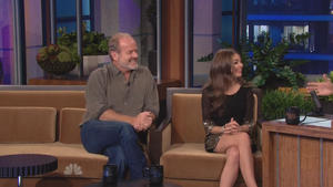 Sarah Hyland - The Tonight Show with Jay Leno (2011), 720p