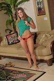 Nikki Johnson - Footfetish 4r6i6v9sr0y.jpg